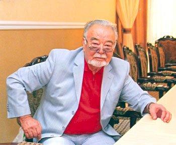 Асанәлі Әшімұлы: КСРО және Қазақстанның Халық әртісі, Қазақстанның Еңбек ері: Екпені салдыру керек