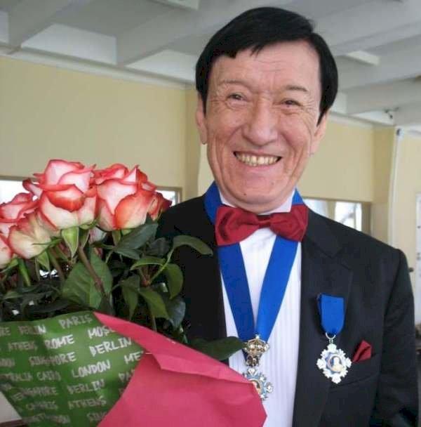 Балетмейстер Аюханов туған күнінде «Гудулла - мать Эсмеральды» балетінің тұсауын кеседі
